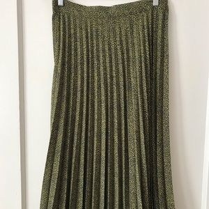 Zara Long Pleated Sexy Spring Summer Skirt Sz L